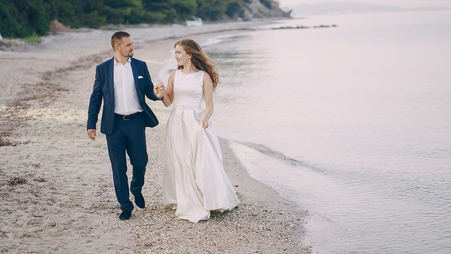 Alice & Gregor: Gorgeous Outdoor Wedding at Caribbean