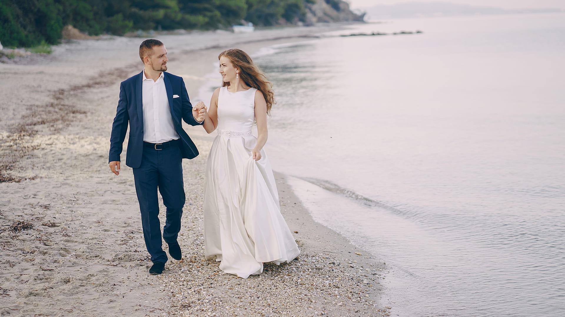 Alice & Gregor: Gorgeous Outdoor Wedding at Caribbean