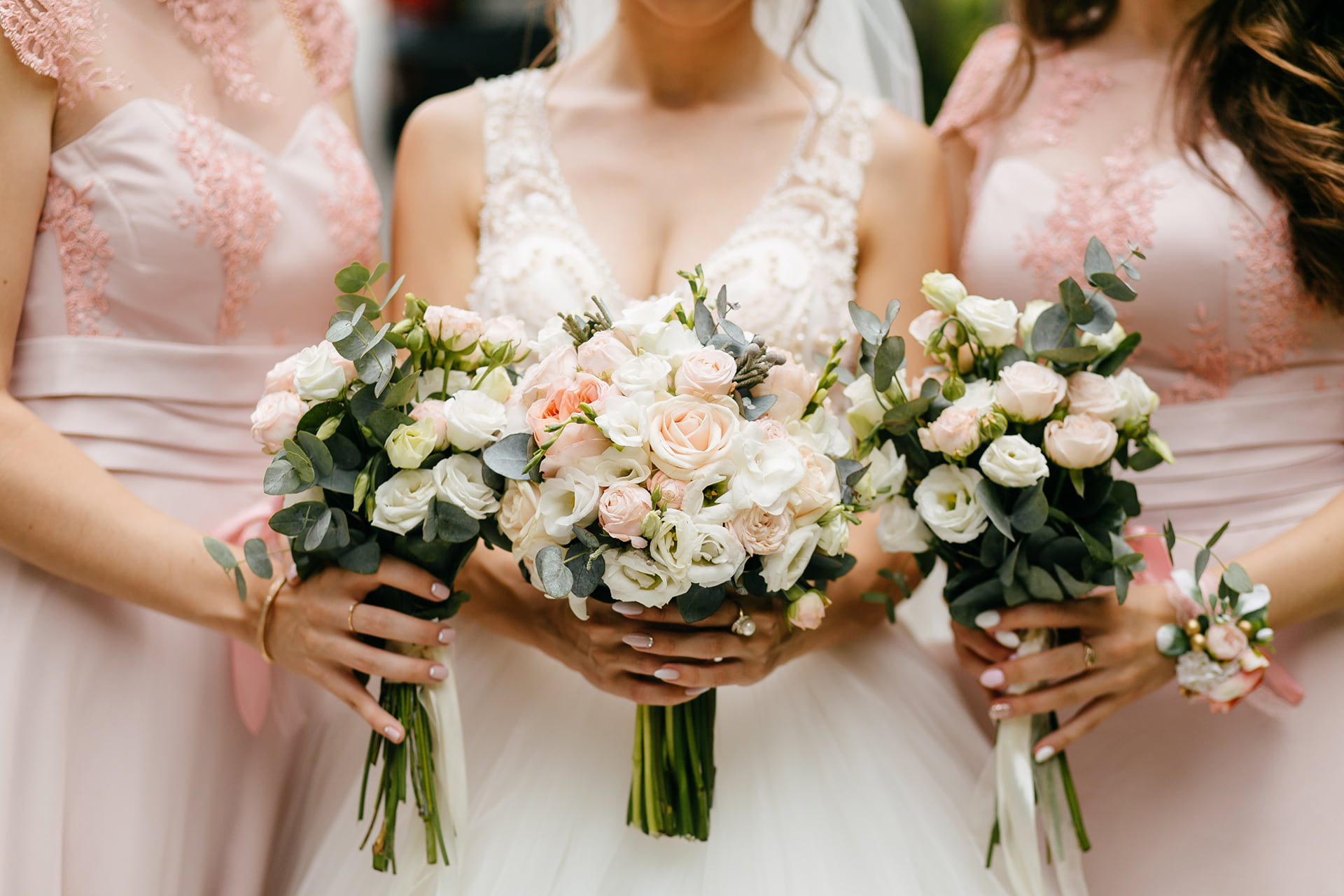 7 Warning Signs That It Might Be Time To Hire A Wedding Planner